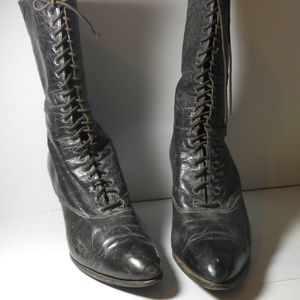 Vntg Antique VICTORIAN Leather Lace Up Boots